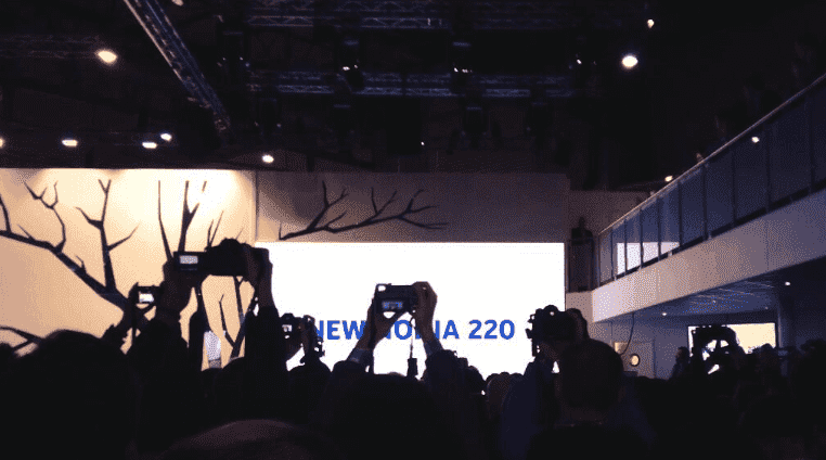 Stephen Elop @elop introduces new 29 Euro smartphone 220 #NokiaMWC #MWC2014 by @yelayat