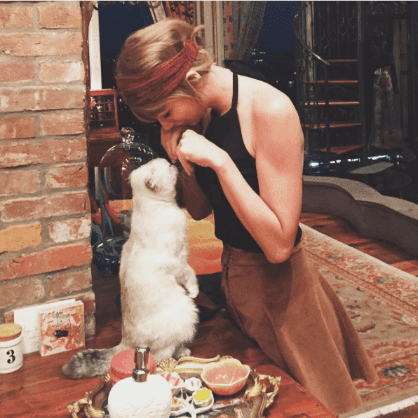 Taylor Swift with Meredith