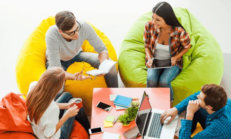 millennials, egyptian millennials, social media unfollow, digital boom
